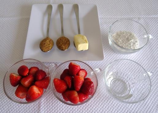 Morangos flambados - ingredientes 1
