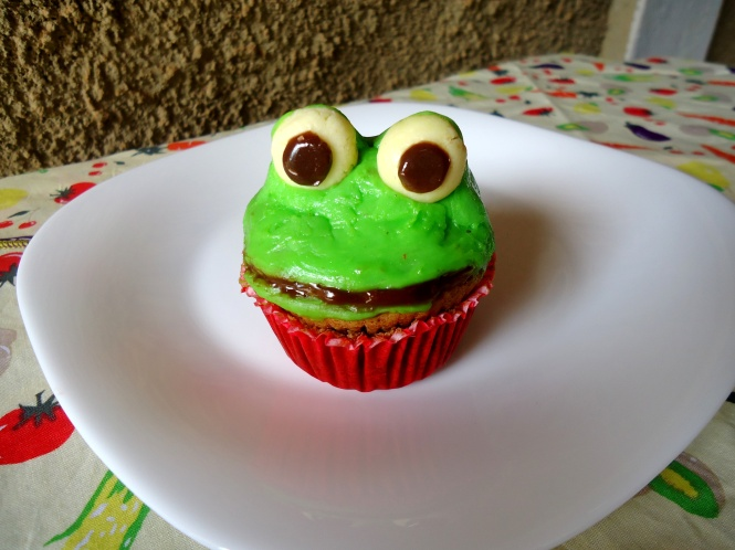 Cupcake sapinho.JPG